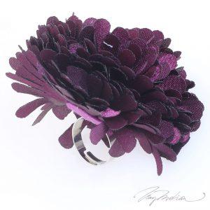Anillo de Bisutería Flor de Tela FLOR2 Violeta de la Colección CORONA