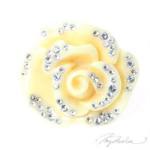Anillo de Resina Beige y Cristales FLORESI de la Colección CORONA